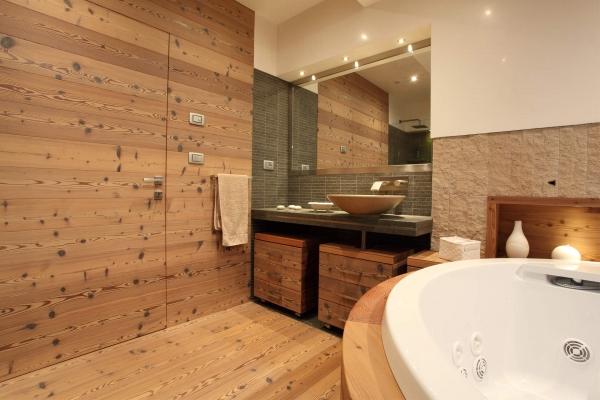 dettaglio bagno legno artigianale