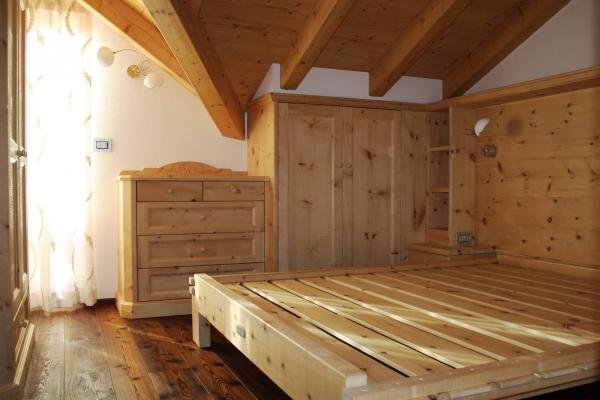 letto doghe legno su misura