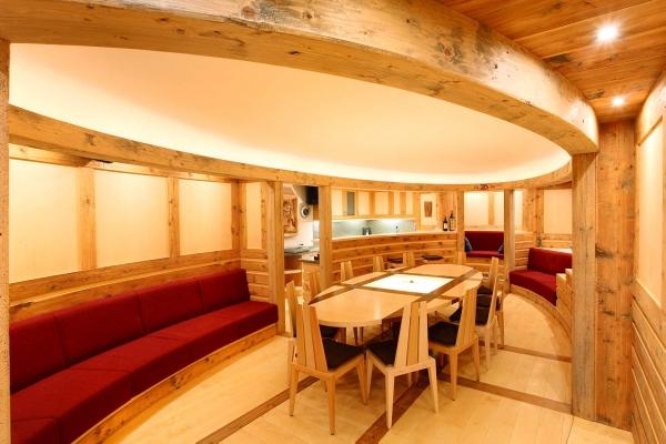 taverna legno soffitto fatto a mano