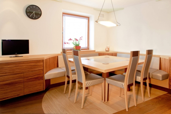 tavola rovere sedie angolo pranzo living