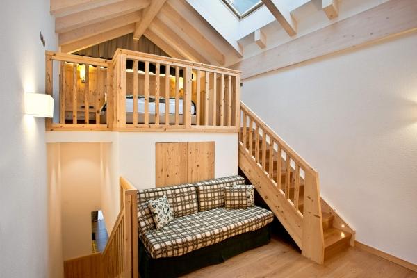 soppalco legno design camera albergo